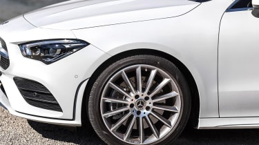 Mercedes CLA - wheel