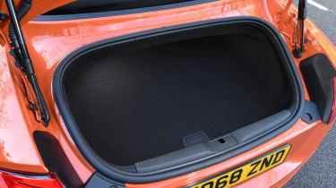 Audi TT Roadster - boot