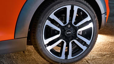 MINI hatch - wheel
