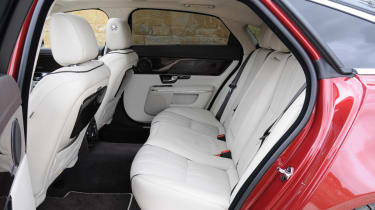 Jaguar XJ 3.0 V6 Supercharged rear seats