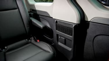 Renault Trafic SpaceClass - storage