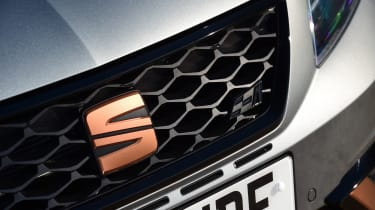 SEAT Leon Cupra R - grille