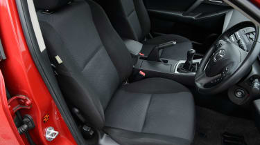 Used Mazda 3 - front seats