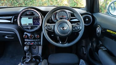 MINI Cooper long-termer - cabin