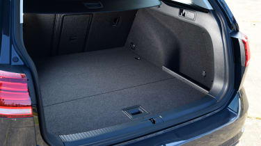 Volkswagen Golf Estate - boot