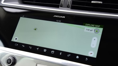 Jaguar I-Pace - sat-nav