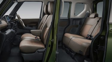Mitsubishi Super Height K-Wagon concept - seats