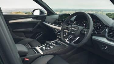 Audi Q5 55 TFSI e - cabin