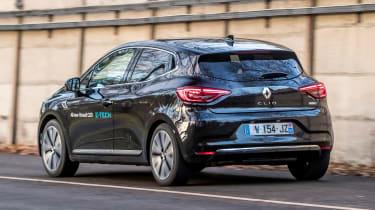 Renault Clio E-Tech - rear