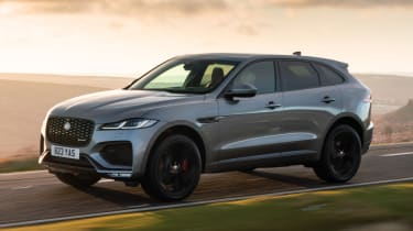 Jaguar F-Pace P400 - front action