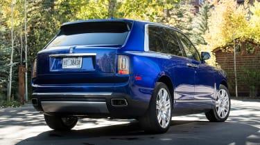 Rolls-Royce Cullinan - rear static