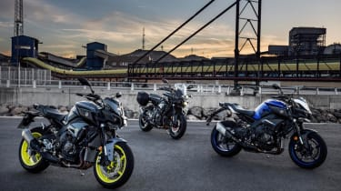 Yamaha MT-10 review - group bridge