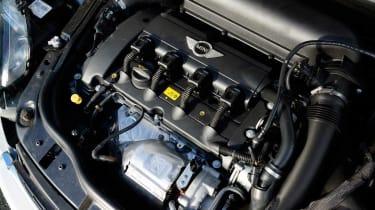 MINI JCW Roadster engine