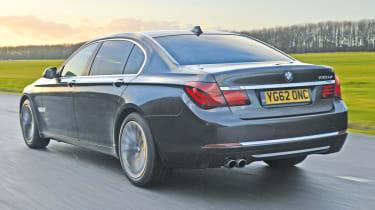 BMW 730Ld rear tracking