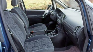 Vauxhall Zafira interior