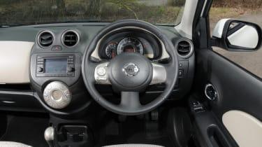 Nissan Micra DiG-S Shiro dash