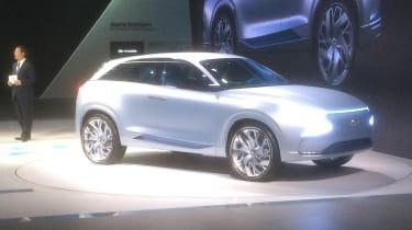 Hyundai FE Fuel Cell Concept show pics side