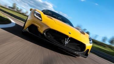 Maserati MC20 - full front tracking