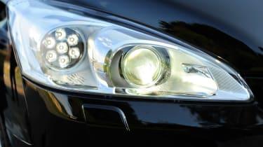 Peugeot 508 SW headlight