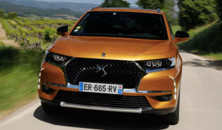 DS 7 Crossback - front