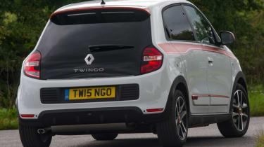 Triple test –Renault Twingo - rear action