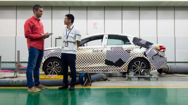Changan feature - crash test
