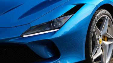 Ferrari F8 Tributo - front light