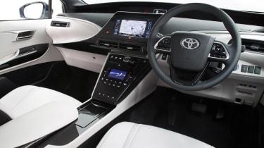 Toyota Mirai - dash