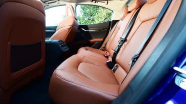 Maserati Ghibli facelift - rear seats