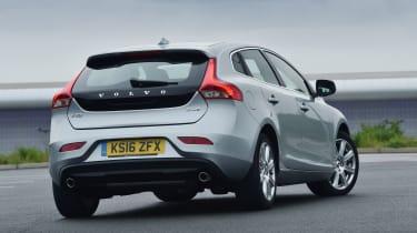 Volvo V40 2016 - rear quarter