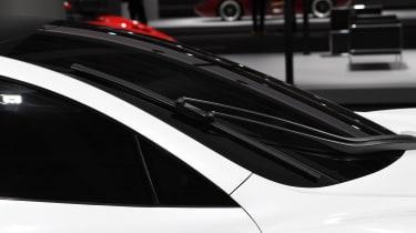 Tesla Roadster - pillar