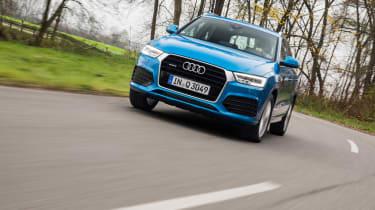 New Audi Q3 2015 driving