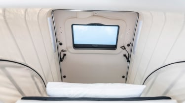 Mercedes V-Class Marco Polo - roof hatch