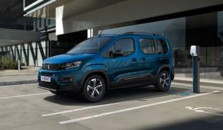 Peugeot e-Rifter - main