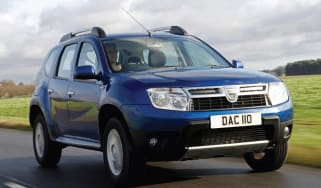 Dacia Duster front tracking