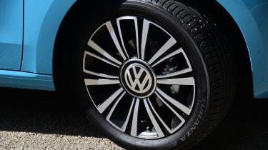 Volkswagen High up! 2016 - wheel