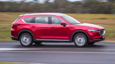 Mazda CX-8 - side ation
