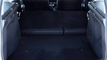 Dacia Duster - boot seats down