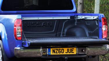 Nissan Navara pickup boot