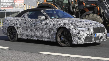 BMW M4 Convertible spies - front 3/4 tracking
