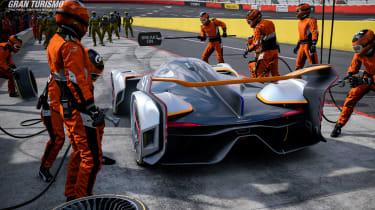 McLaren Ultimate Vision Gran Turismo - tyre change