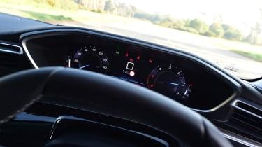 Peugeot 508 Fastback - instruments