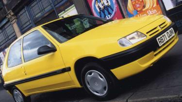 Weird car special editions - Citroen Saxo Mischief