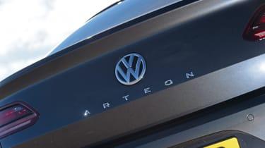 Volkswagen Arteon 1.5 petrol TSI badge
