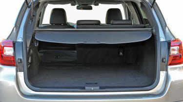New Subaru Outback 2015 boot