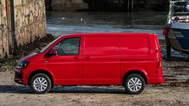 Volkswagen Transporter TSI petrol review side