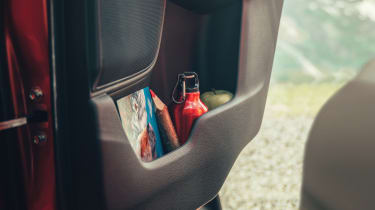 Honda CR-V - door