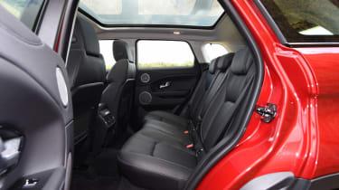 Range Rover Evoque SE Tech 2016 - back seats