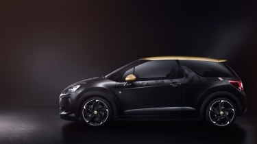 DS 3 Performance official - side