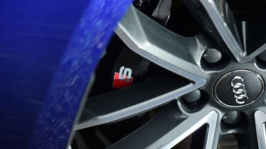 Audi S5 - brake caliper